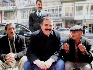 Vali Akbıyık'tan esnaf ve vatandaşa ziyaret