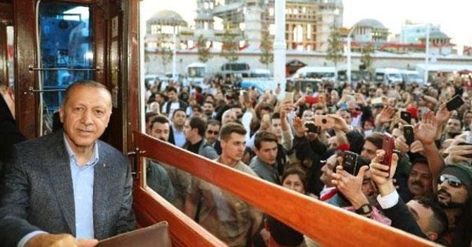 Cumhurbaşkanı Erdoğan Taksim'de konuştu