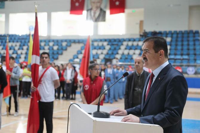 Hakkari'de 19 Mayıs etkinliklerle kutlandı