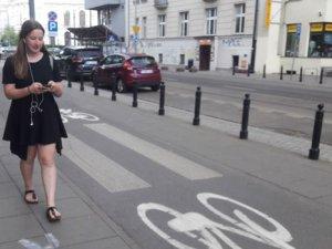 Polonya'da akıllı telefon kullanıcılarına özel yol tapıldı