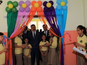 Hakkari'de Z- Kütüphanenin açılışı yapıldı