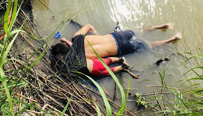 Mülteci kız ve babası yeni bir hayat umuduyla ABD'ye geçmek istiyorlardı