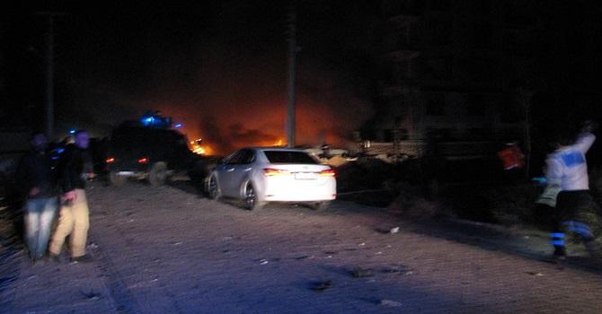 Viranşehir'de bombalı araçla saldırı: 1 çocuk hayatını kaybetti, 15 yaralı