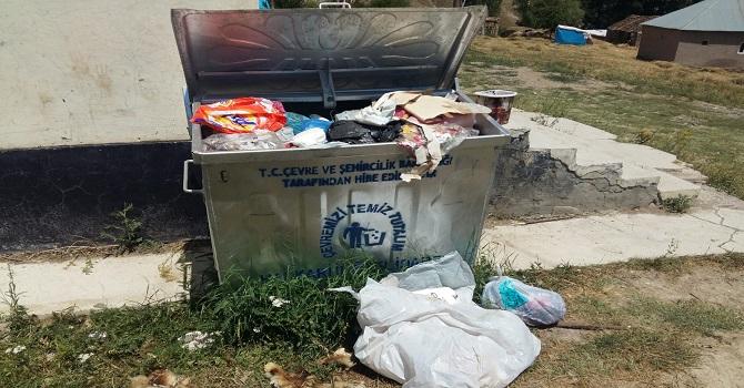 Hakkari'de köylülerin çöp isyanı!