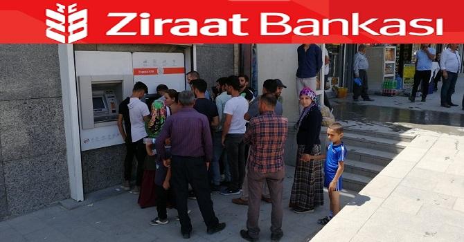 Hakkari'de ATM'lerde para tükendi! Vatandaş isyan ediyor