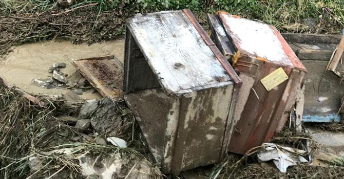 Yüksekova Adaklı'da sel felaketi