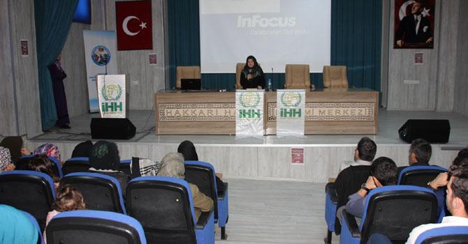 Hakkari'de 'Yeni Dünya Düzeninde Değişen Coğrafyalar ''panel düzenlendi