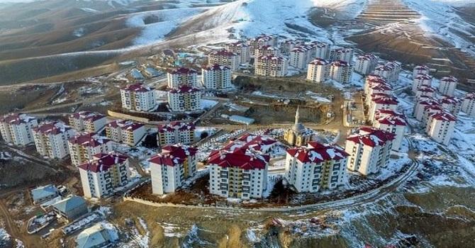 Bakanlık: Yüksekova konutları için para talep etmedik