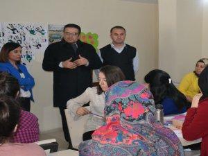 İş-Kur'dan Yüksekova'da Kadınlara Seramik Kursu