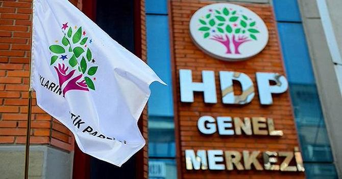 Olağanüstü toplanan HDP MYK'sinden referandum kararı