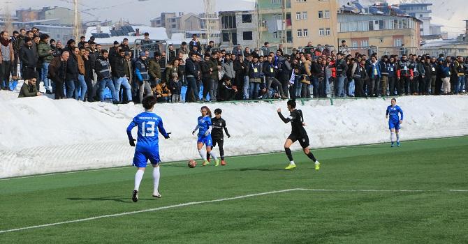 Hakkari Gücü, Beşiktaş'a 4-1 yenildi