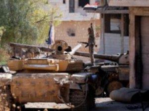 Suriye Halep'in Tamamına Yakınını Ele Geçirdi