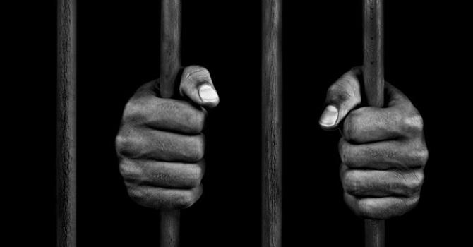 Papa'dan cezaevleri için korona çağrısı