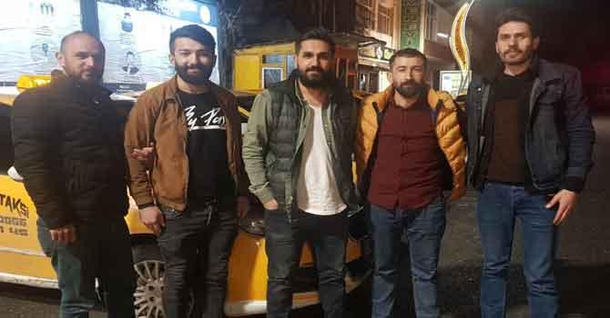 Hakkari'de taksicilerden sağlıkçılara destek!