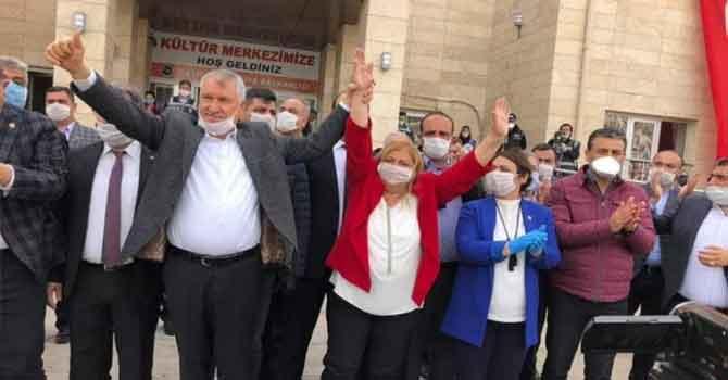 Ceyhan'ın yeni başkanı CHP'li Hülya Erdem