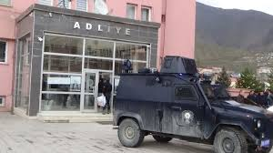 Hakkari'de 15 HDP ve DBP yöneticisi tahliye edildi