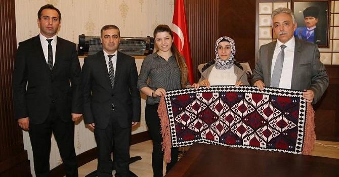 Cumhurbaşkanı Erdoğan'dan Hakkarili Çiftçilere ödül