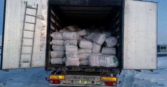 Hakkari-Van karayolunda 16 ton kaçak çay ele geçirildi