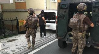 İstanbul'da Özel Harekat destekli torbacı operasyonu: 55 gözaltı