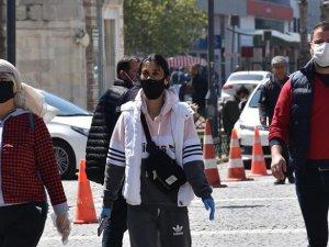 Hakkari'de siyah maske yasaklandı
