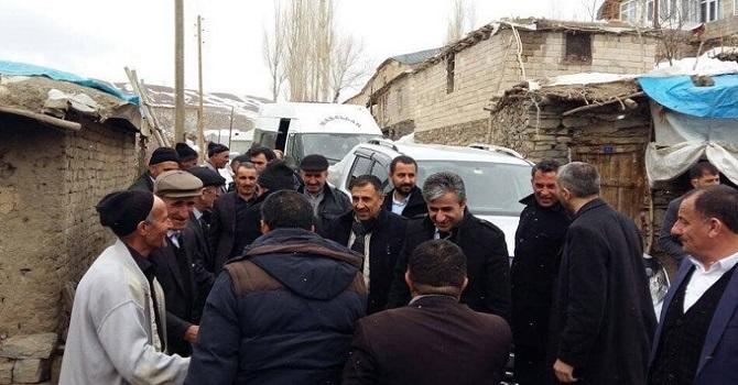 Ak Partinin Yüksekova'daki Referandum Çalışması devam ediyor
