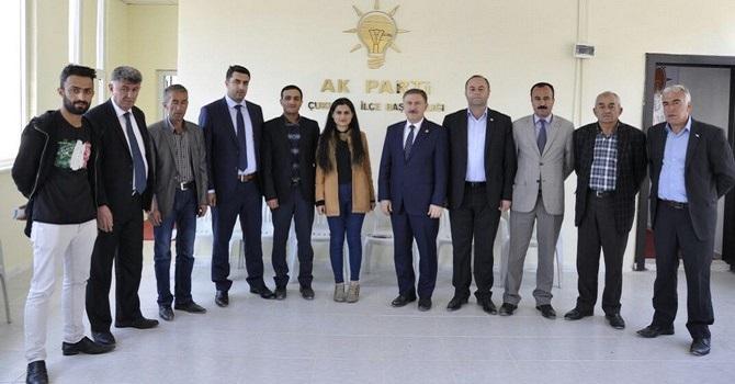 Çukurca'da Ak Parti'nin referandum çalışmaları devam ediyor