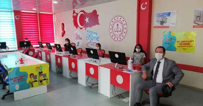 Hakkari'de 41 okulda EBA destek noktası oluşturuldu