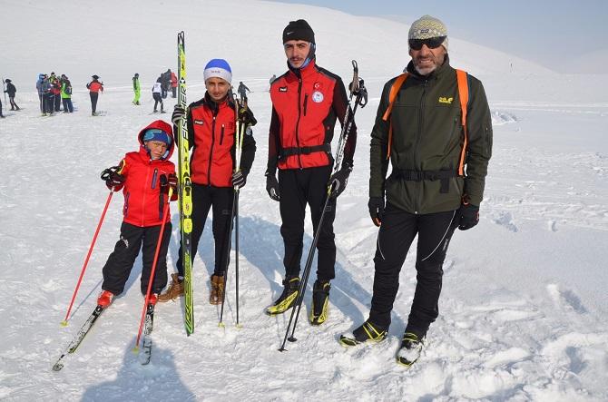 Yüksekovalı Kayakçılar: Pist istiyoruz