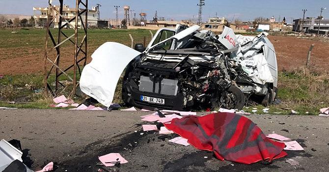 Nusaybin'de Trafik Kazası: 1 Ölü, 10 Yaralı