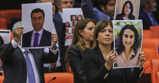 Meclis'ten tutuklu vekiller için ilk adım