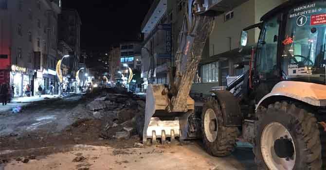Hakkari'nin Cumhuriyet Caddesi yenileniyor!