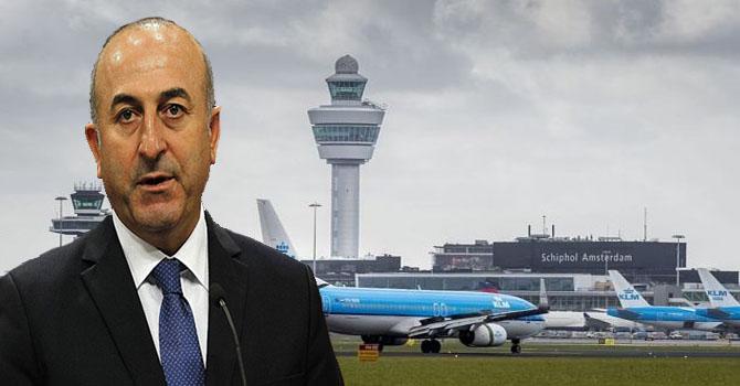Hollanda, Mevlüt Çavuşoğlu'nun uçuş iznini iptal etti