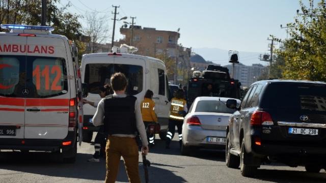 Diyarbakır'da Cadde Ortasında Silahlı Saldırıda Öldürüldü