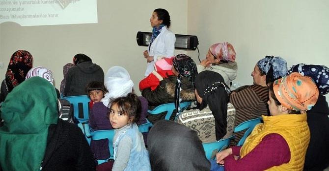 Yüksekova'da kadınlara sağlık semineri