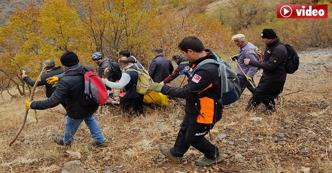 Hakkari'de 500 metrelik uçurumdan yuvarlandı... Cesedine bir gün sonra ulaşıldı