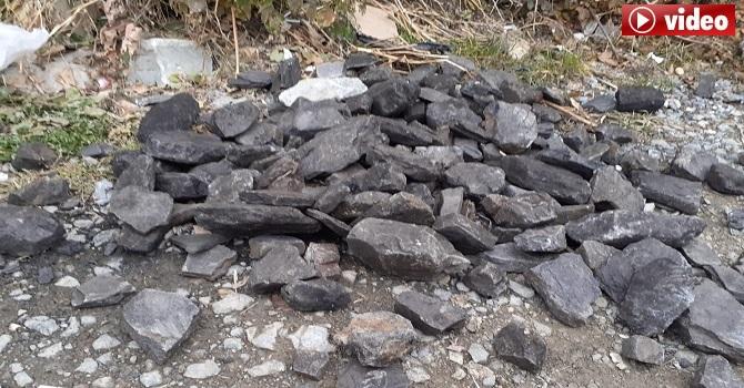 'Hakkari'de Kömür torbalarının içinde yine taş çıktı'