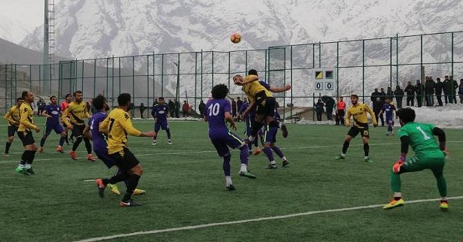 Hakkarispor Bağlar Belediye sporu 1-0 yendi