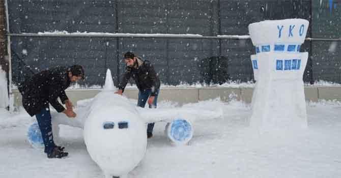 Kardan uçak yaptılar