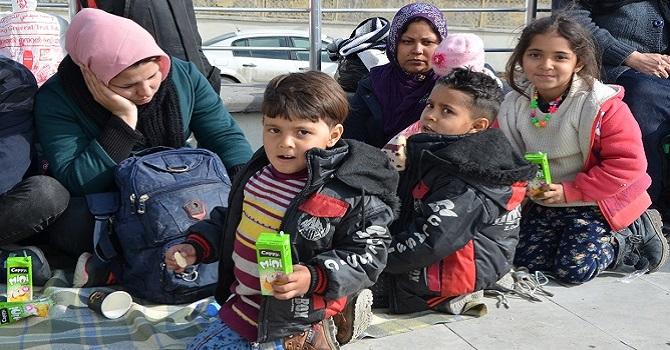 Hakkari'de 100'e yakın mülteci yakalandı