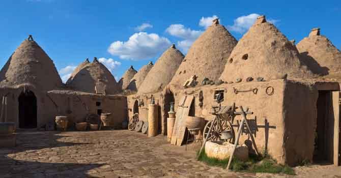 Dünyada 3 yerde bulunuyor: Harran'ın konik kubbeli evleri yazın serin, kışın sıcak oluyor