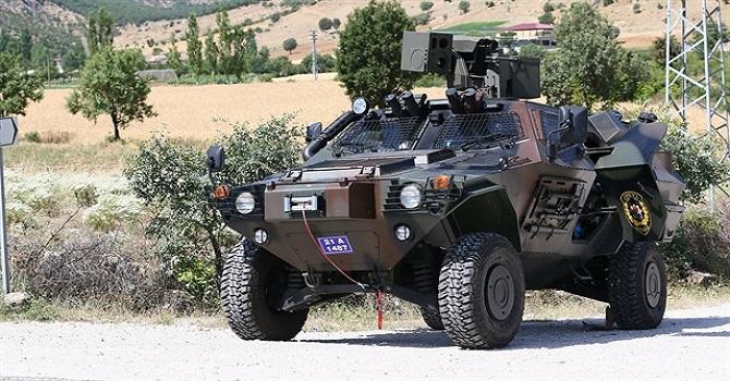 Asker ile PKK'liler arasında şiddetli çatışma