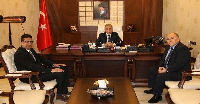 Prof. Dr. Ahmet Haluk Dursun Vali Toprak'ı ziyaret etti