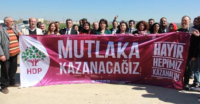 HDP, Trakya'da 'hayır' kampanyasını cezaevi önünde başlattı