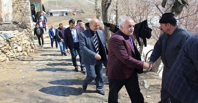 Ak Parti'nin Hakkari'de referandum çalışması devam ediyor