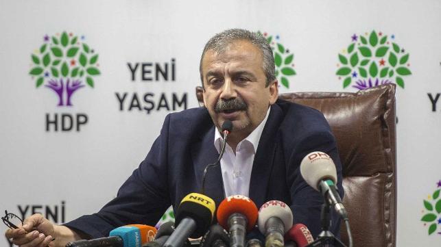 HDP'li Sırrı Süreyya Önder: Pazartesi günü Bekir Bozdağ ile görüşeceğiz