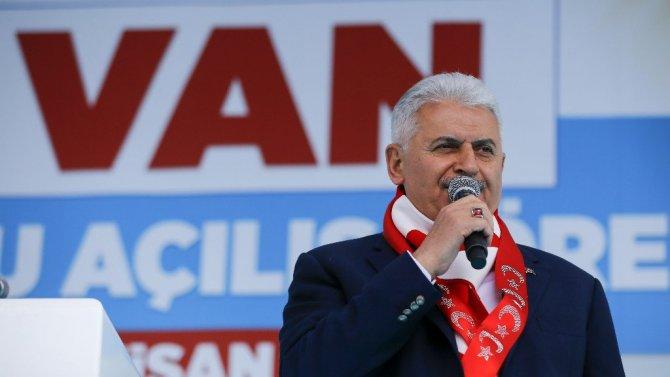 Başbakan Van'da konuştu: Biz Ahmet Kaya'yız