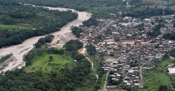 Sel ve Toprak kayması: 127 ölü 227 kayıp