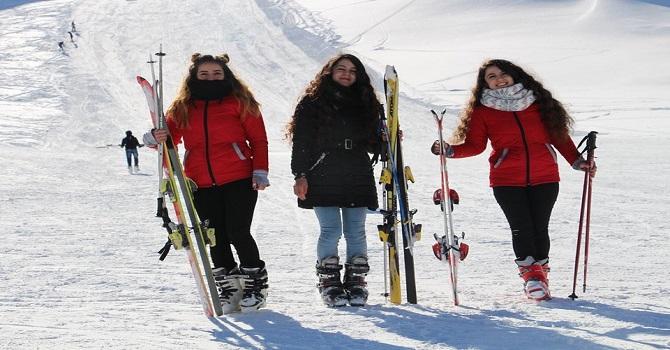 Hakkari Kayak Merkezi Haftanın 1 günü kapalı olacak