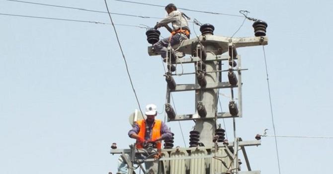 Hakkari ve ilçelerinde 8 saat elektrikler kesilecek!