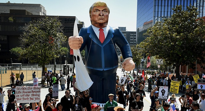 'Trump karşıtı protestolara katılanlara ayda 2.500 dolar ödeniyor'